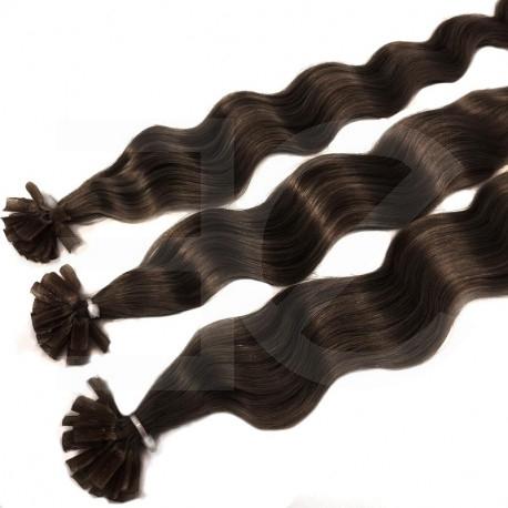 Extensions à chaud chocolat cheveux frisés 50 cm