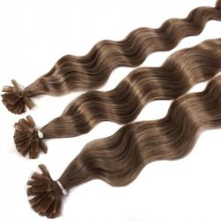 Extensions à chaud châtain clair cheveux frisés 60 cm